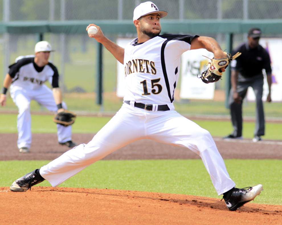 Alabama State caps perfect SWAC season with 7-5 victory over Texas Southern in the conference title game _lowres