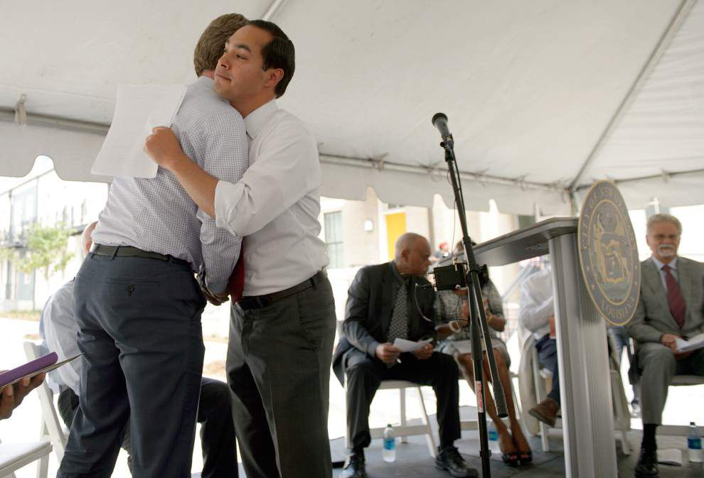 Officials praise public housing residents while opening Bienville Basin community _lowres