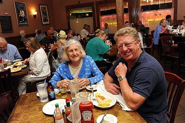 """""""Family"""" meals: Generational dining in New Orleans_lowres"""
