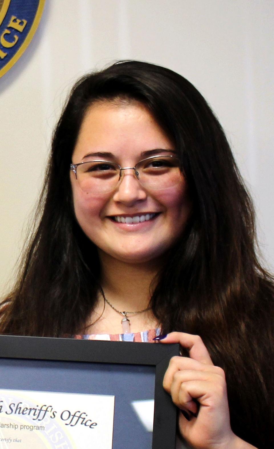 APSO scholar Raegan Nguyen.jpg