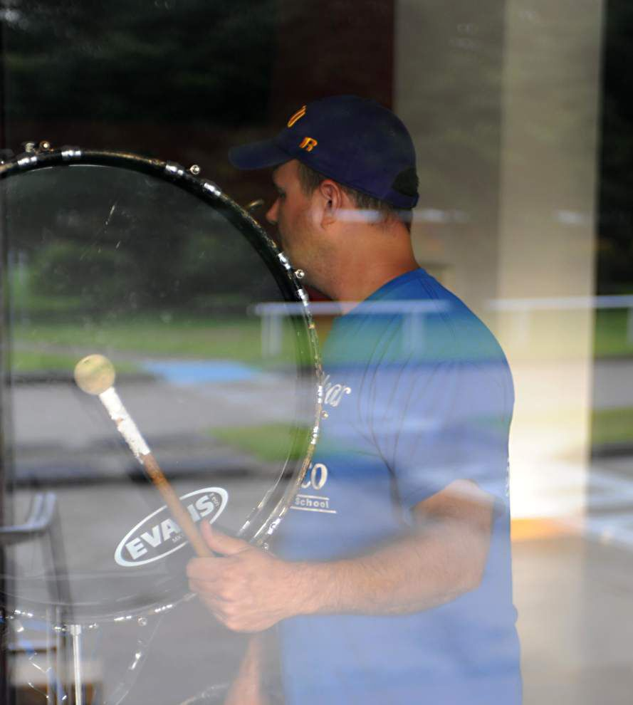 Bronco Band Boosters help drum up community support _lowres