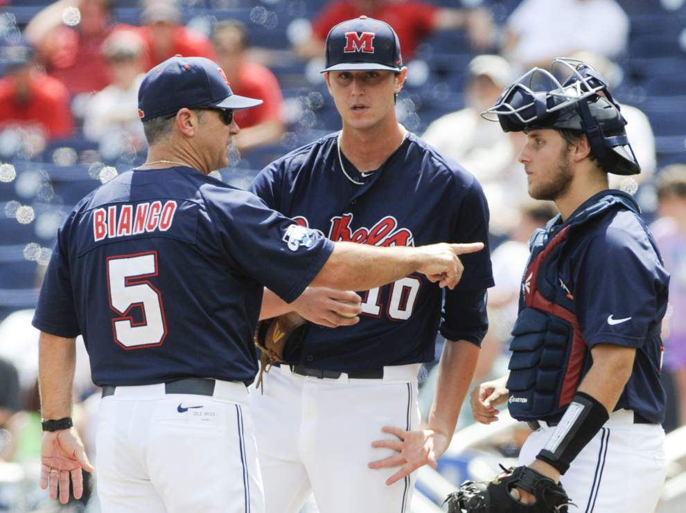 Virginia, Vanderbilt advance to championship series _lowres