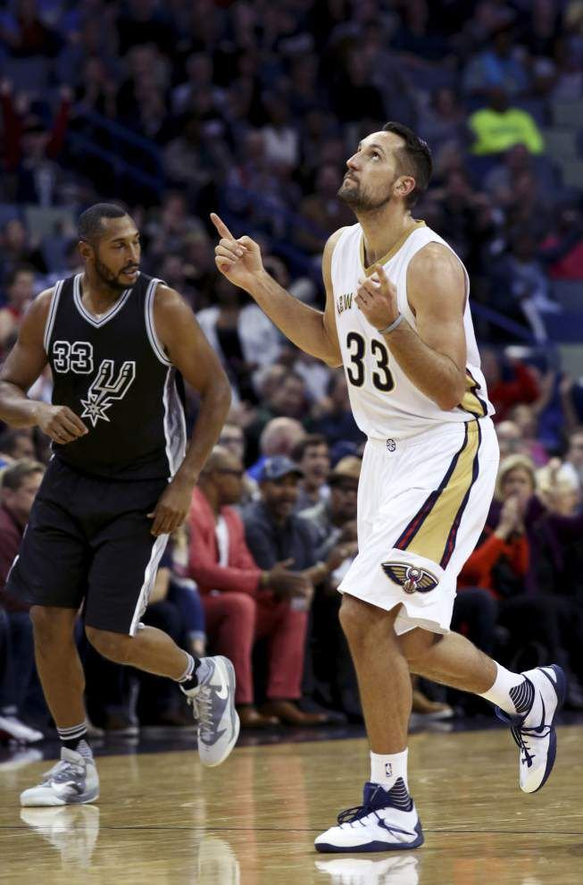 Tight loss at Oklahoma City yielded momentum that Pelicans turned into Friday's win over San Antonio _lowres