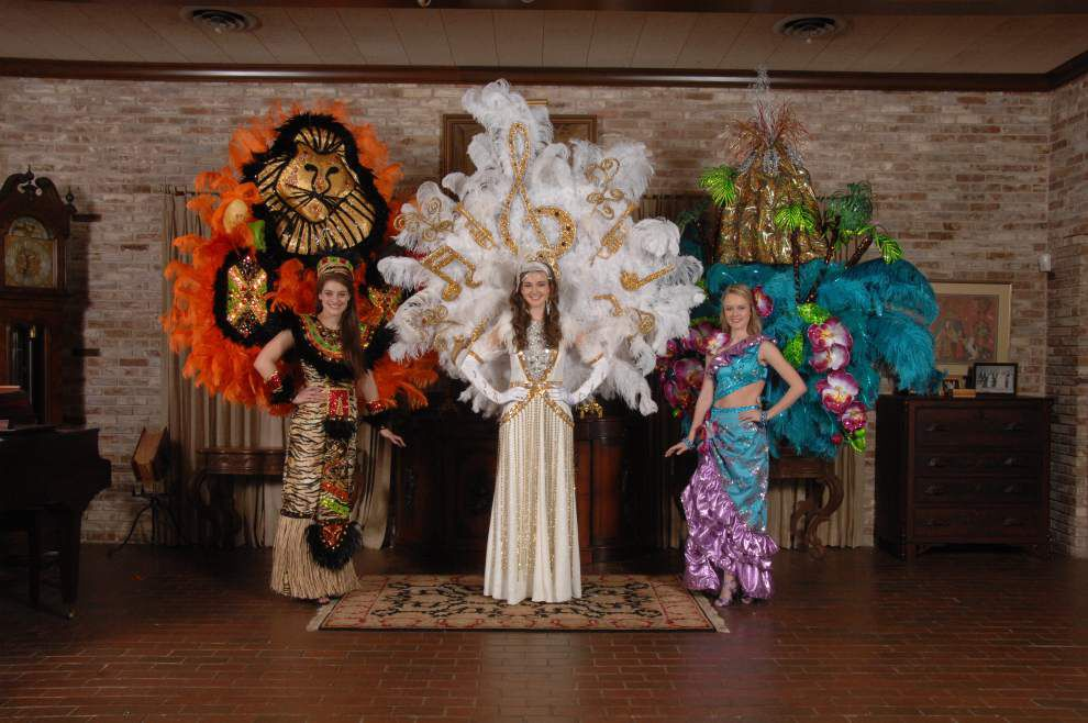 Krewe of Romany goes back to Broadway for ball _lowres