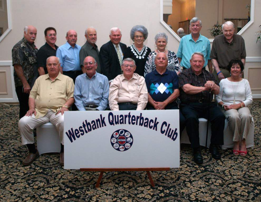 Westbank Quarterback Club installs officers _lowres