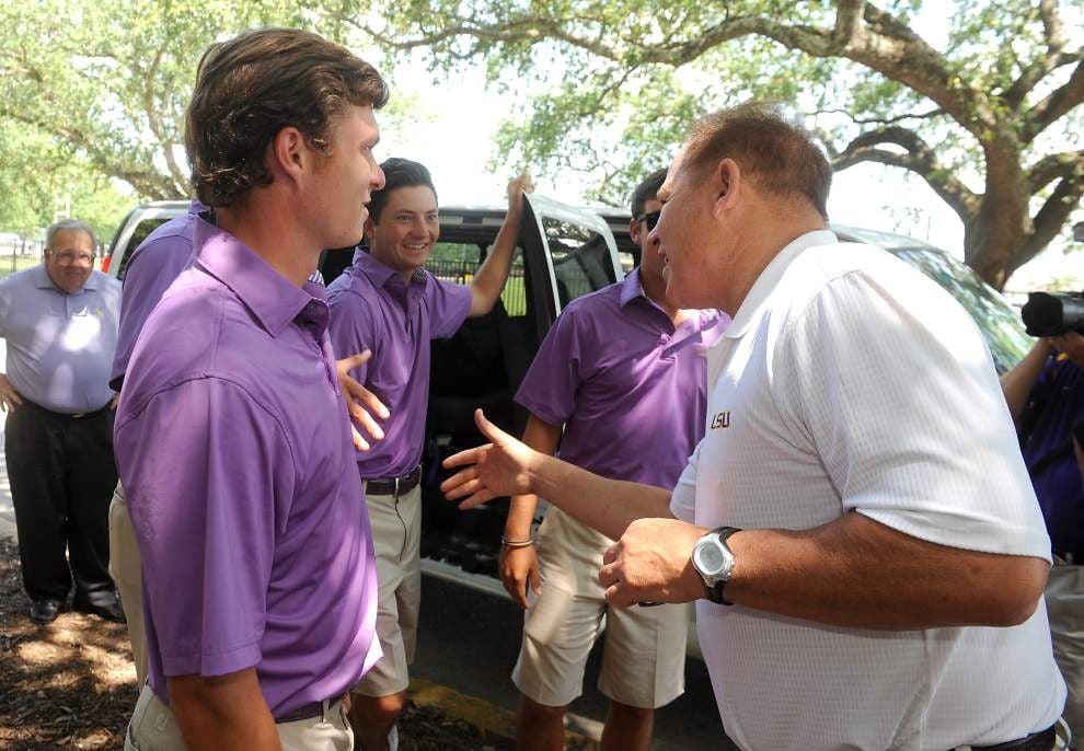 Photos: LSU golf team returns _lowres