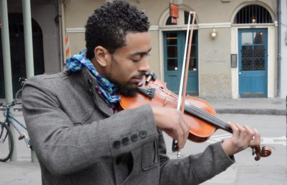 Street Performer Series: Violinist Wael Elhalaby _lowres