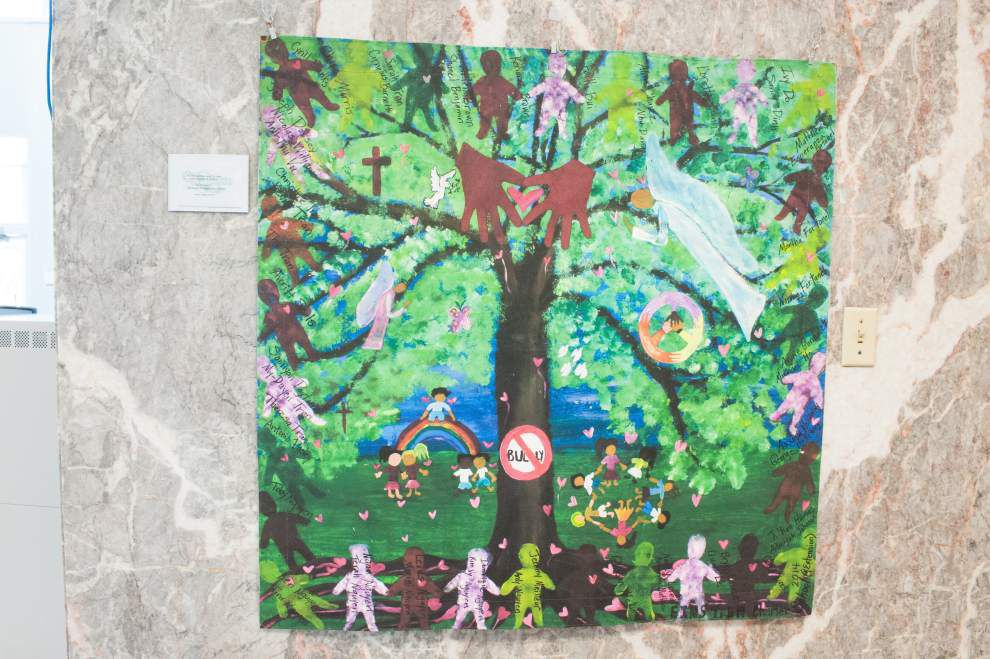 Students take artistic stand against bullying _lowres