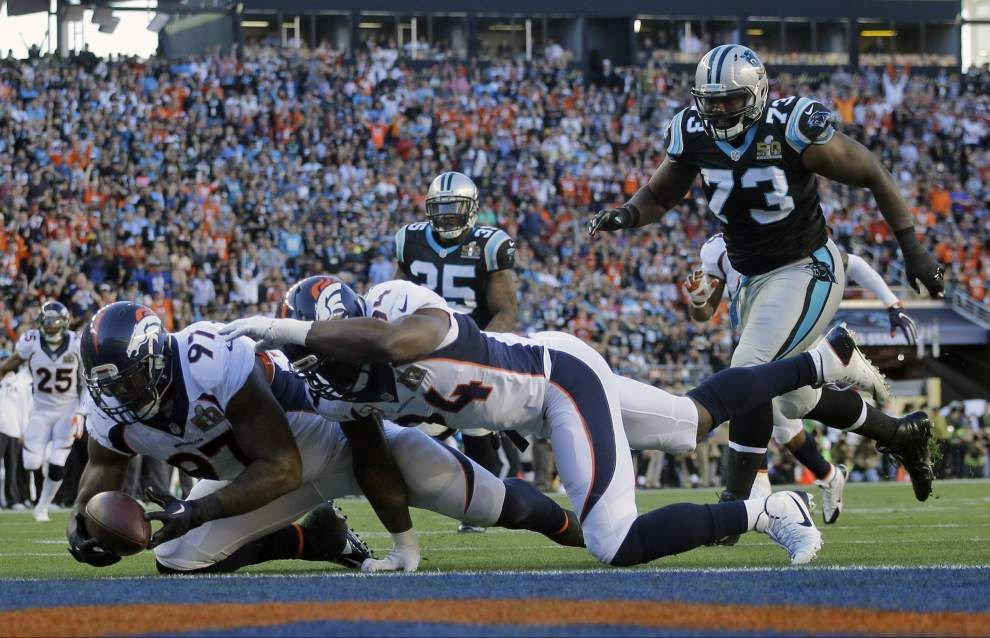 Peyton Manning scores second Super Bowl title as dominant Broncos defense silences Panthers in 24-10 win _lowres