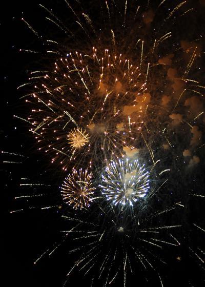 lt fireworks rz 028.jpg (copy)