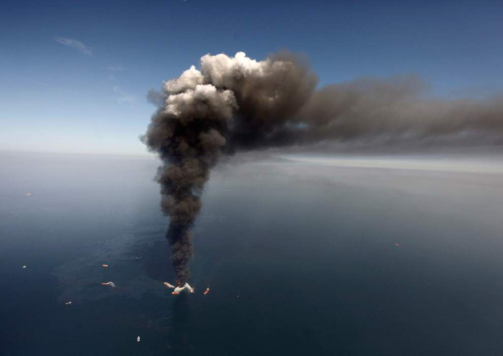 President Obama ready to exert more regulatory control over offshore drilling equipment as anniversary of Deepwater Horizon Gulf oil spill approaches _lowres