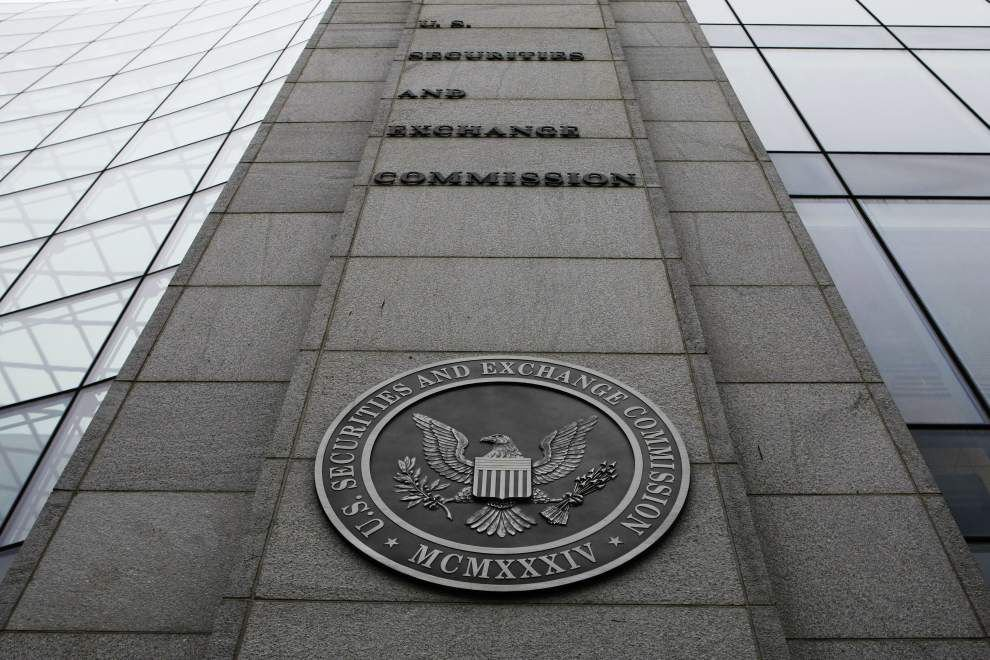 SEC poised to end $1 a share for some money funds _lowres