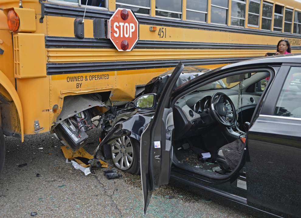 Car collides with Head Start school bus in Baton Rouge; no students appear to have been injured _lowres