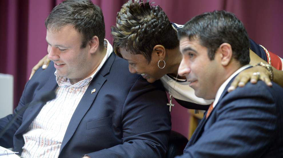 Council gives thumbs up to rideshare _lowres