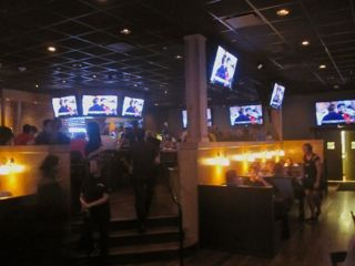 Walk-On's and Happy's open near Dome_lowres