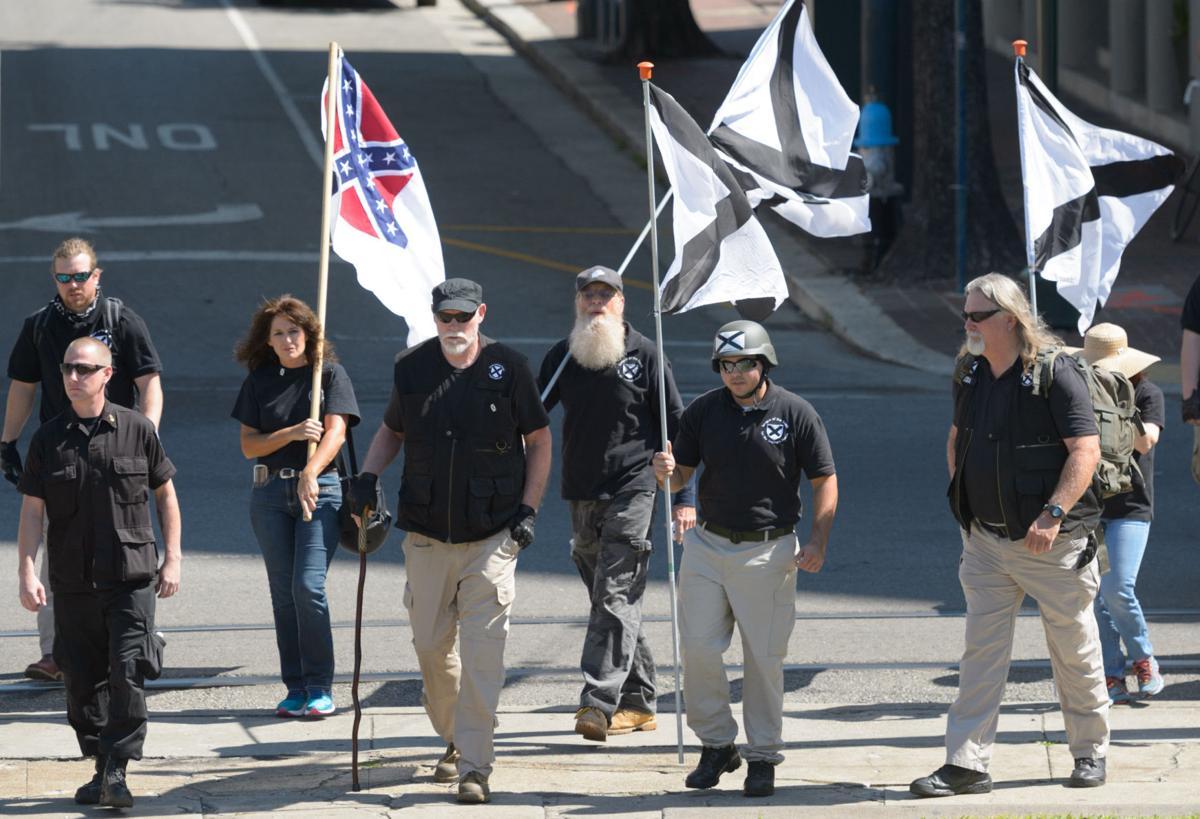 no.monumentprotestflags.050917.005.JPG