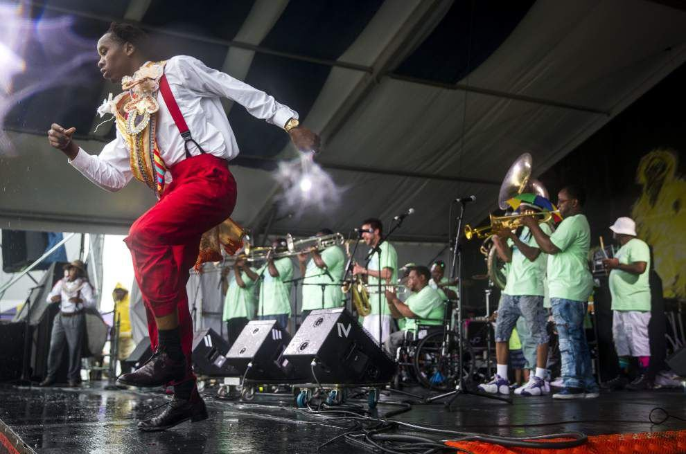 Live updates: 2016 New Orleans Jazz Fest from Fair Grounds _lowres
