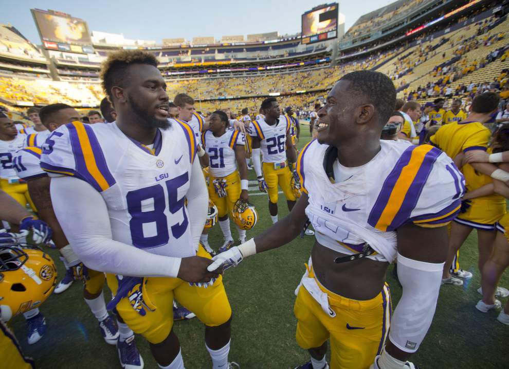 LSU's run-centric offense suffers blow with tight end Dillon Gordon likely out for season _lowres