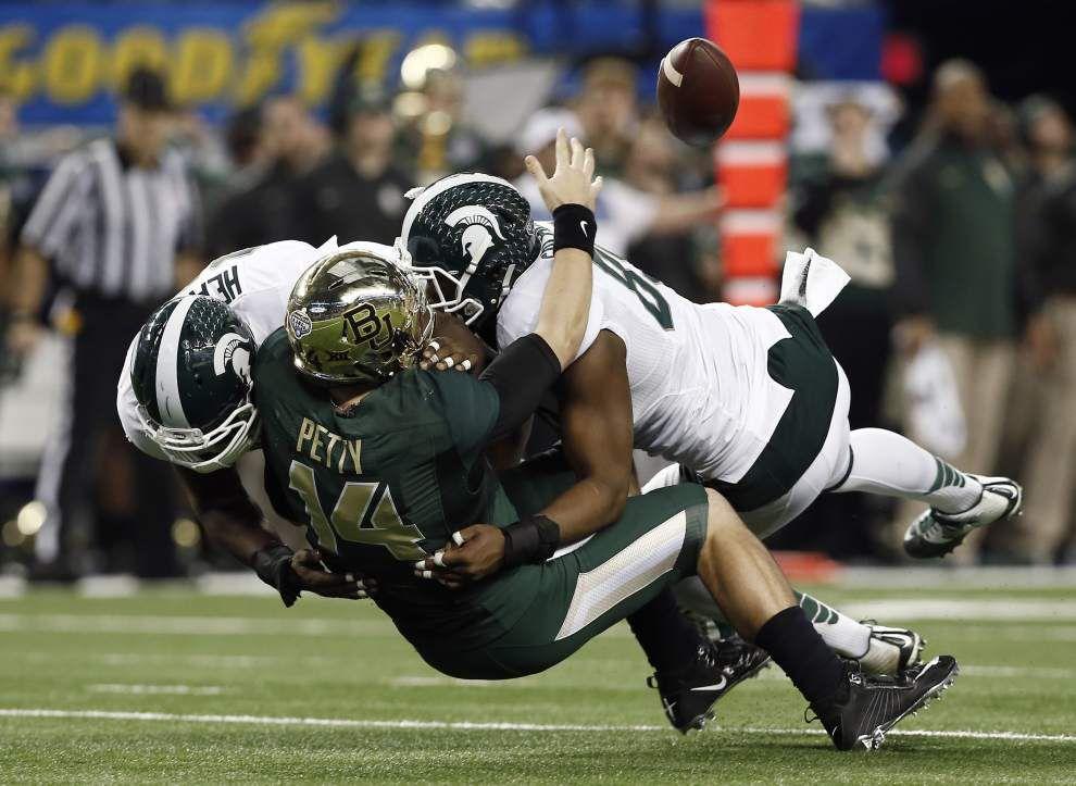 Michigan shocks Baylor in Cotton Bowl _lowres