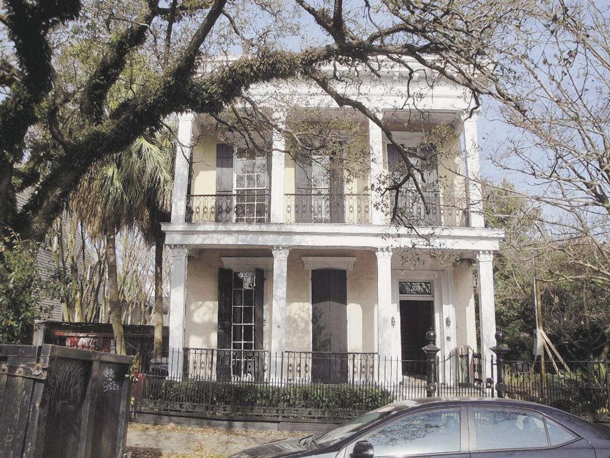 1717 Coliseum St. in the Garden District  - Exterior