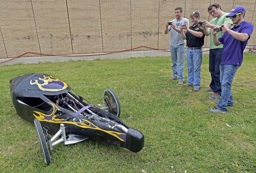 LSU students figure they can travel 800 miles on gallon of gas, hope to prove it at competition _lowres