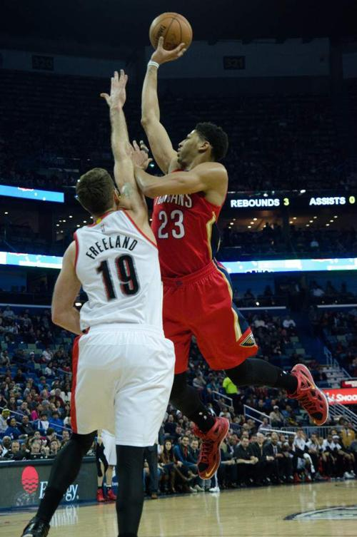 Pelicans can't find groove in stinging loss to Trail Blazers _lowres