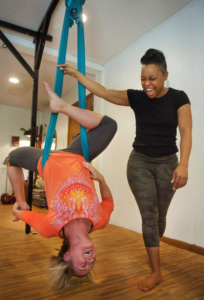 High on Yoga: Unata aerial yoga eases joints, allows deeper practice poses _lowres
