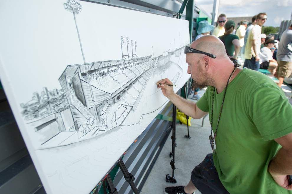 Tulane breaks in new stadium _lowres