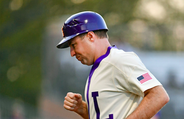 With summer leagues canceled or delayed, college baseball coaches search for open spots