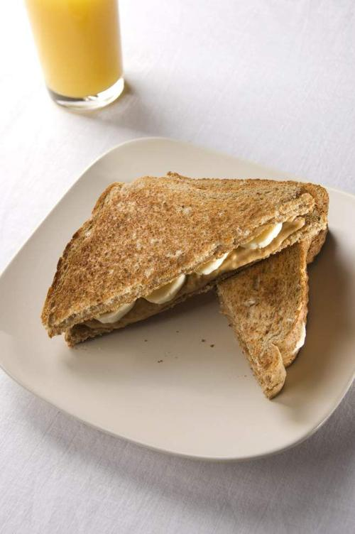 Peanut Butter and Banana Sandwiches _lowres