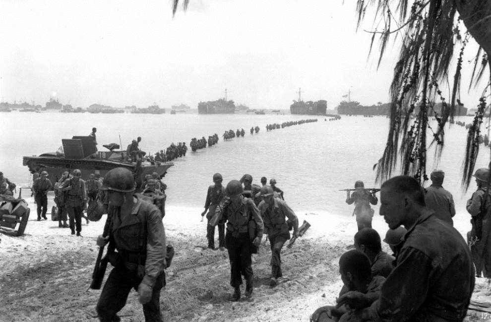 Japanese search U.S. archives for WWII MIA info _lowres