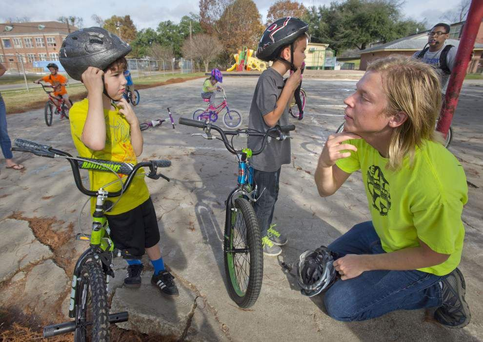 Fun, healthy and it 'gets the wiggles out': Group wants chidren bike to school, safely _lowres
