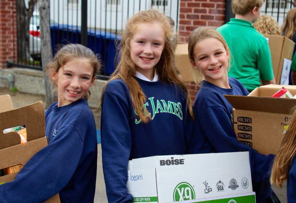 St. James students collect 1,900 pounds of food _lowres