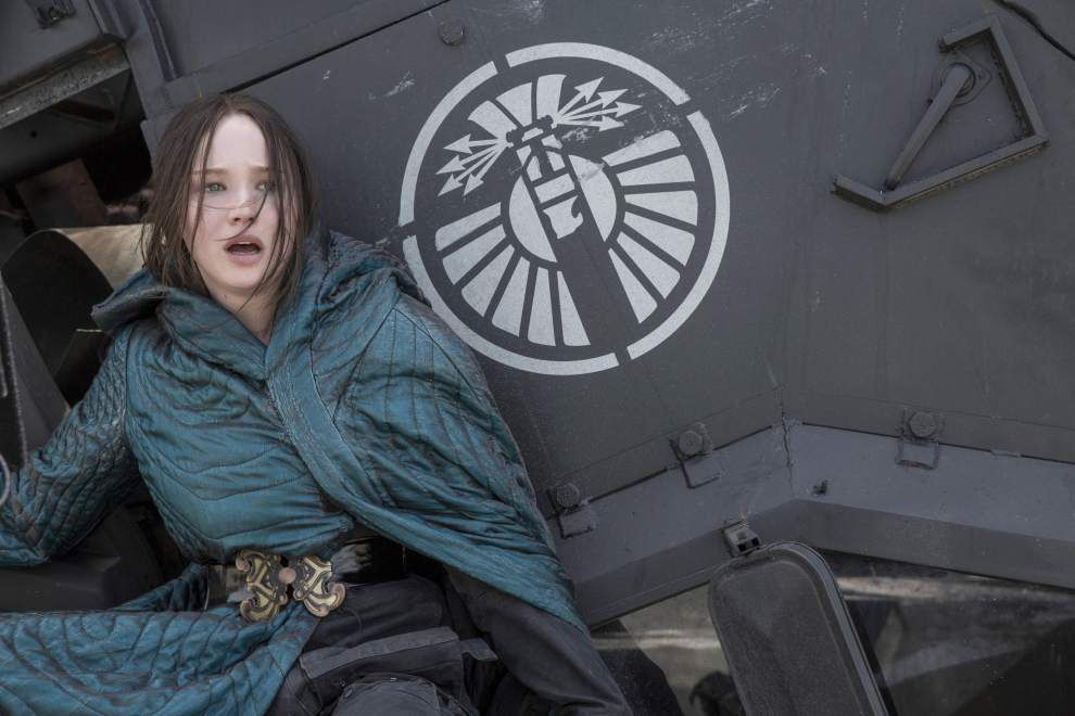 Review: 'Mockingjay — Part 2' an overlong victory for Katniss _lowres