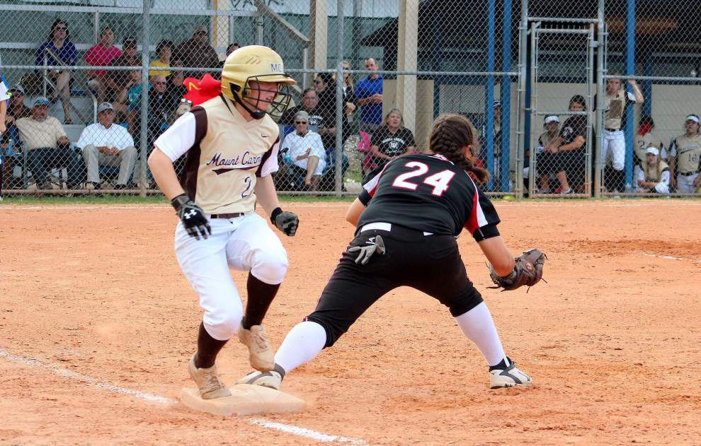 Mount Carmel powers past Parkway _lowres