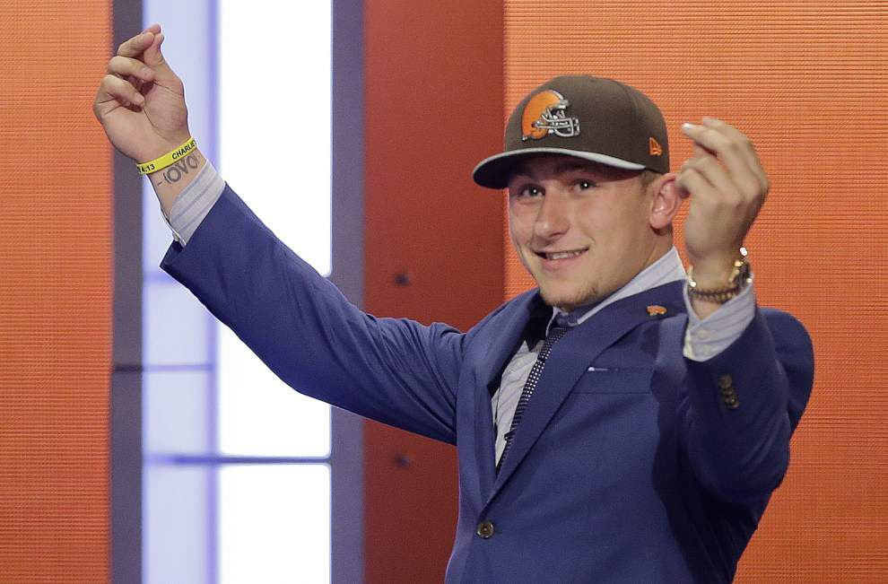 Johnny Manziel falls to Browns _lowres