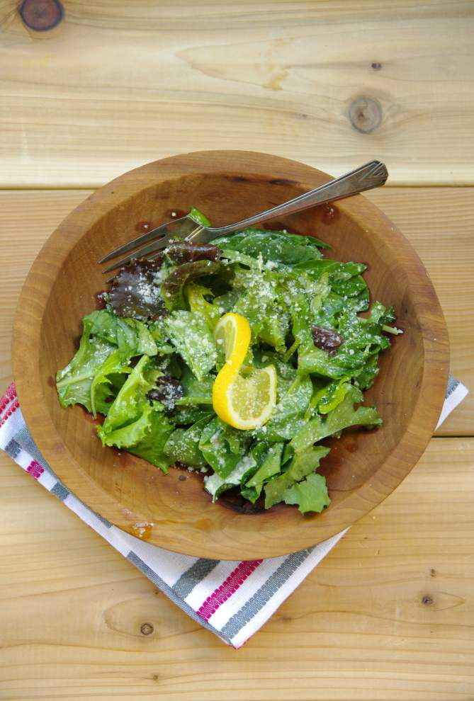 I Eat La.: This fresh, crisp salad started a sensation _lowres