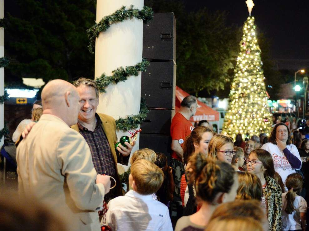 Photos: Snapshot with Saints, live music, more at Christmas Tree lighting in downtown Lafayette _lowres