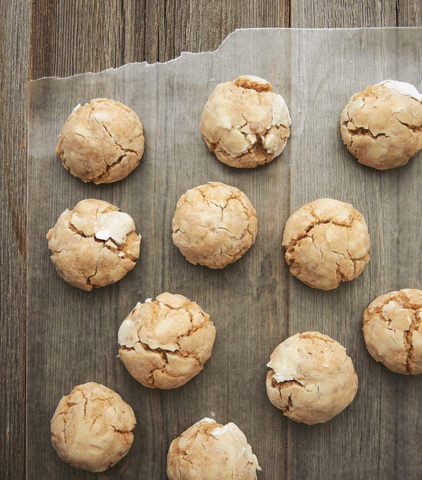 Brown Butter Cinnamon Crinkle Cookies _lowres