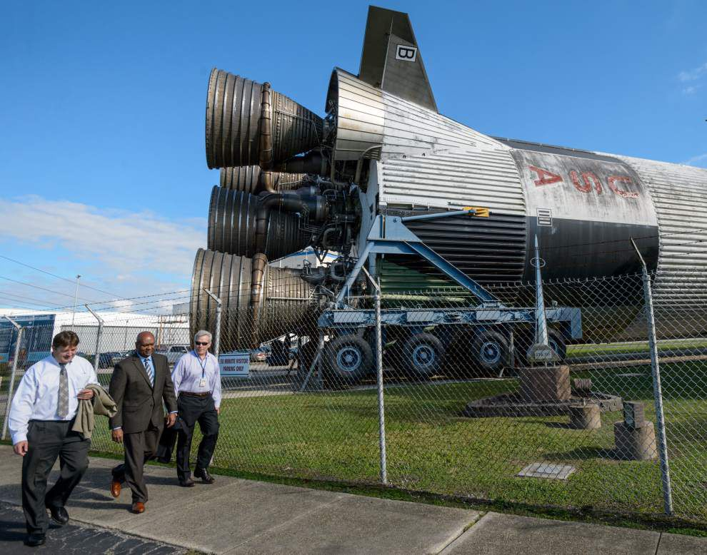 Layoffs to come at Michoud, Stennis Space Center as old vendor loses contract _lowres