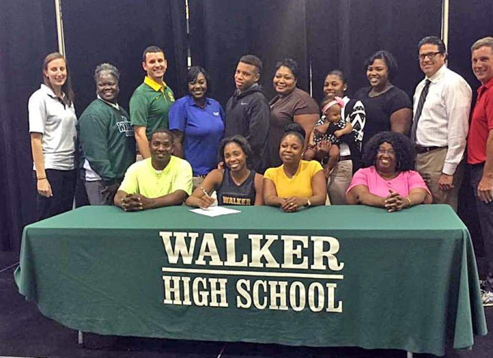 Photos: Early Signing Day _lowres