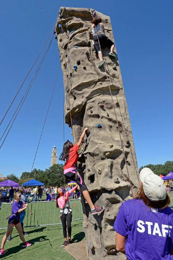 Photos: LSU Fall Fest brings students, staff, faculty together with free food, drinks, giveaways _lowres