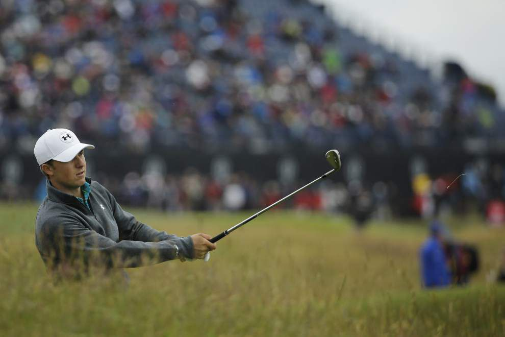 Dustin Johnson has first-round lead at British Open, but history-seeking Jordan Spieth is just 2 shots back _lowres