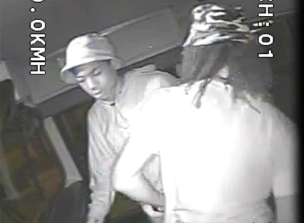2 youths sought for stealing school bus from Osborne School in New Orleans East _lowres