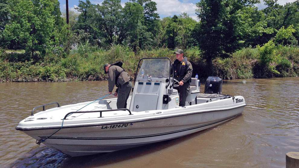 Searchers find missing boat in the Amite River; authorities continue looking for missing boater _lowres