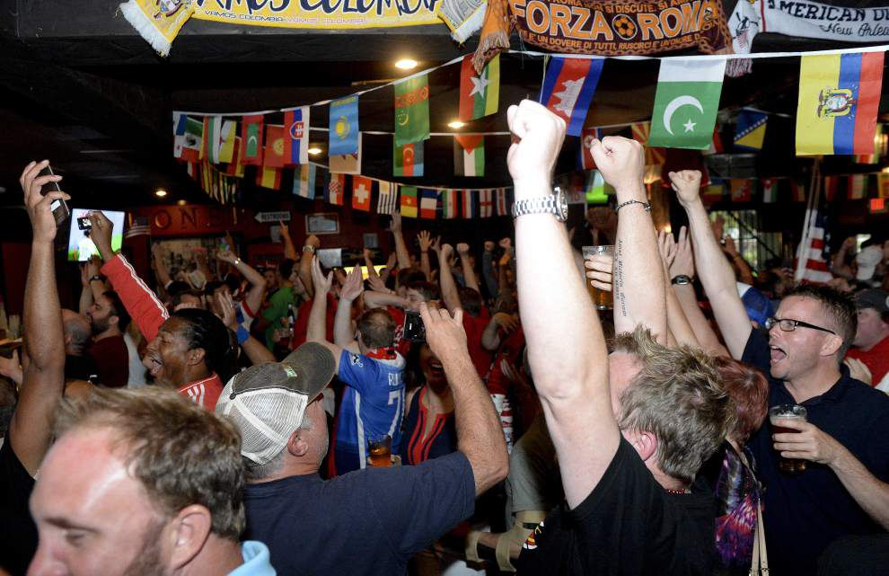 Throngs of Baton Rouge soccer fans turn out for U.S. Women's victory _lowres