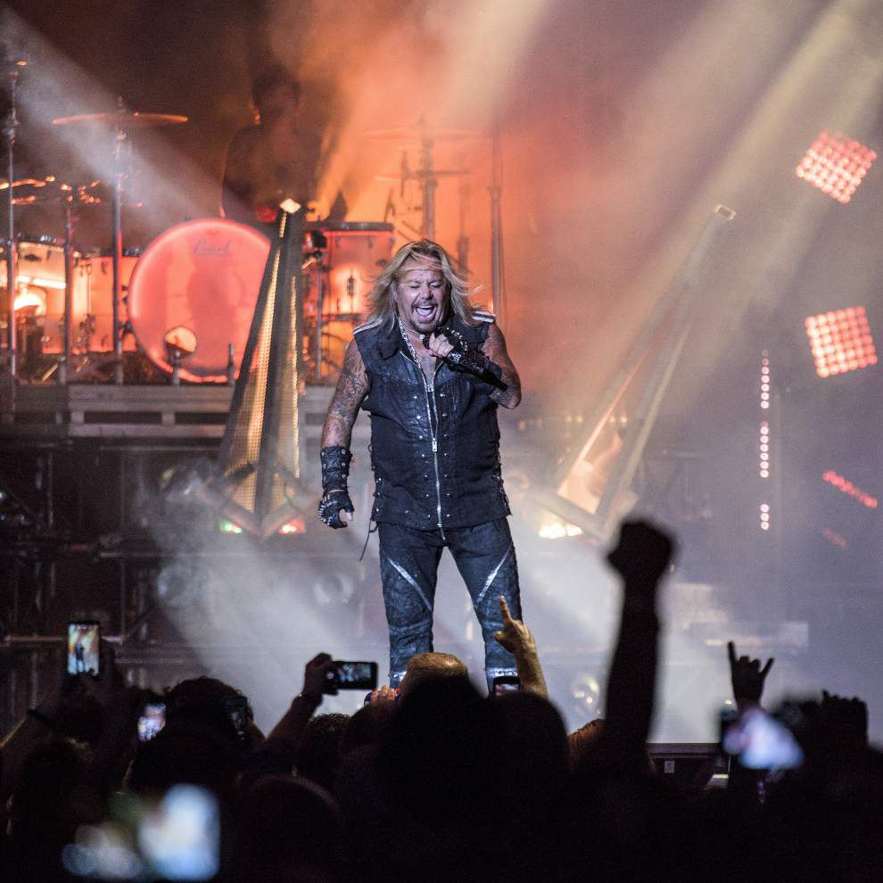 Motley Crue going out with a very loud bang on farewell tour _lowres
