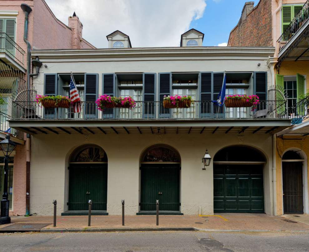 Pitt and Jolie put French Quarter home on the market _lowres