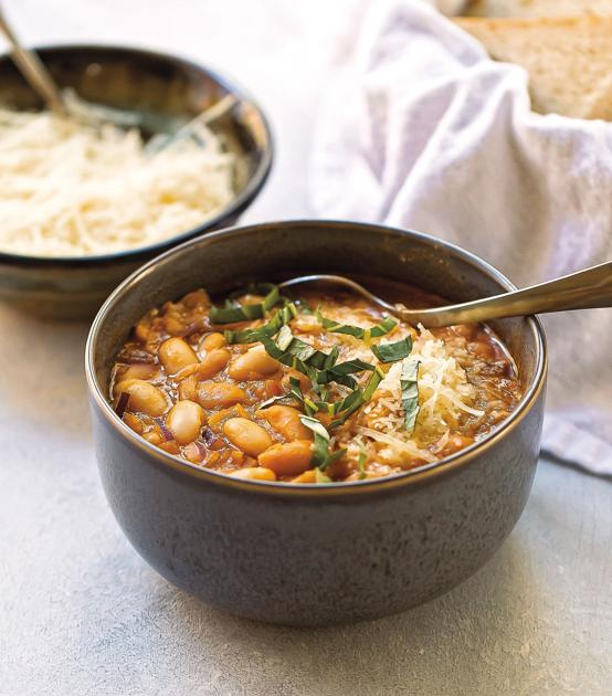 Side Dish: Recipe for Tuscan-Style White Bean Soup