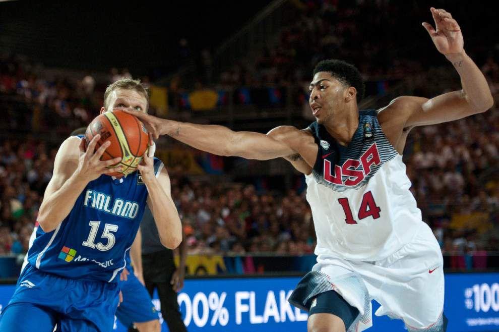 Anthony Davis, Klay Thompson lead U.S. to victory _lowres